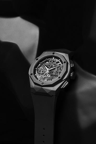 WATCHMAKING - The new All Black watch launched jointly by artist Richard Orlinski and watch brand Hublot.