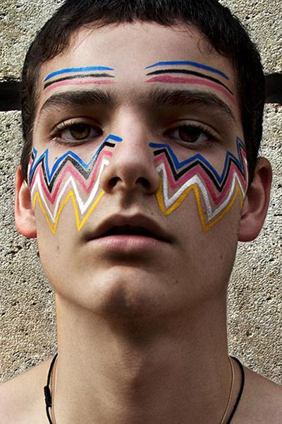 BEAUTY - Photo taken by Buonomo & Cometti, of a male model with a face painted with the color of the felt-eyeliner created by makeup artist Peter Philips, director of creation and make-up, Dior.