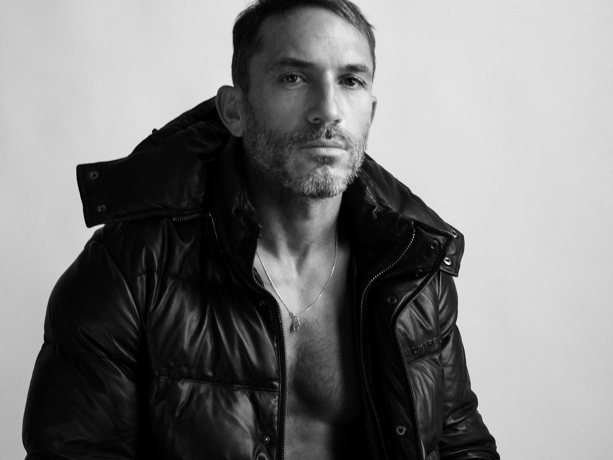 Sébastien Jondeau, blouson Karl Lagerfeld, ©Buonomo & Cometti